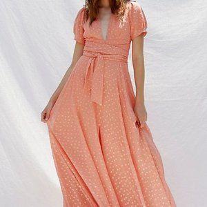 Gorgeous FREE PEOPLE Peach WANDERER Maxi Dress
